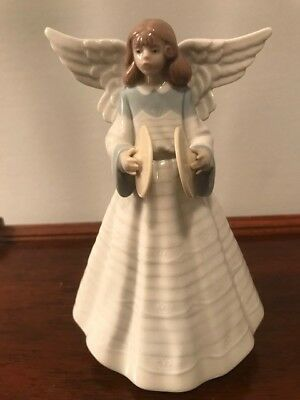 Lladro Angel with Cymbals Tree Topper 5876 Figurine Collectible