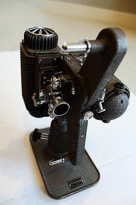 Vintage Revere Eight Model 85 8MM Film Projector Good Condition Works