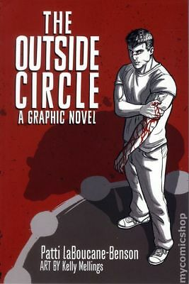 Outside Circle GN (House of Anansi Press) #1-1ST 2015 NM Stock Image