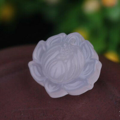 2018 China hand-carved Natural jade agate Lotus flower Pendant Necklace Amulet