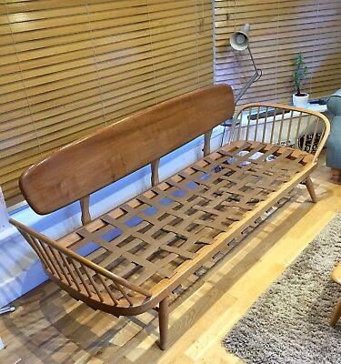 Ercol day bed / Sofa Beautiful Blonde Ercol Mid Century. With Cushions *Delivery