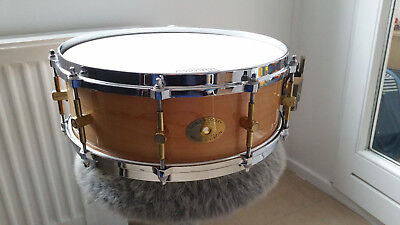 """Noble & Cooley Classic Maple Snare Drum 14""""x5"""" Clear"""