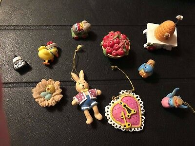 Mary Engelbreit Miniatures Ornament Lot Dollhouse Props Displayed Only 10 Piece