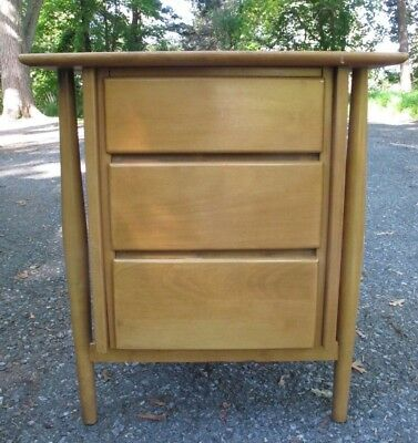 1950s MID CENTURY MAPLE THREE DRAWER NIGHTSTAND bedside table cabinet