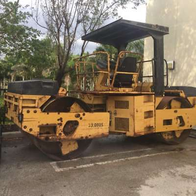 Caterpillar CB634 Vibratory Double Drum Roller