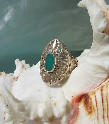 Ring Sterling Silver 925 in Antique Style Oval with Stone Green