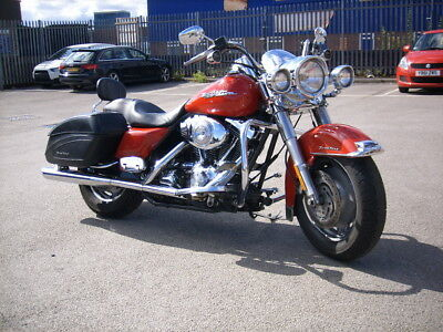 Harley-Davidson FLHRS Road King Custom Red 2004 Excellent condition