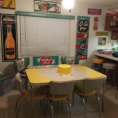 Vintage Formica/Chrome Table Chairs