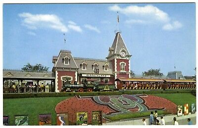 DISNEYLAND ENTRY w/MICKEY MOUSE DESIGN in FLOWERS & TRAIN~1960s UNUSED POSTCARD