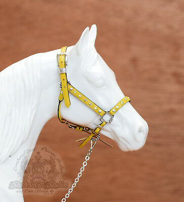 Traditional Scale (1:9) Tack Genuine Leather Model Horse Halter - Yellow