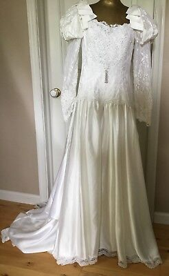 Vintage 90's Wedding Gown With 5 Foot Train And Poof Sleeves With Bows Size 12