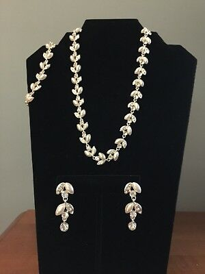 White Synthetic Pearl Rhinestone Necklace, Bracelet And Earring Set