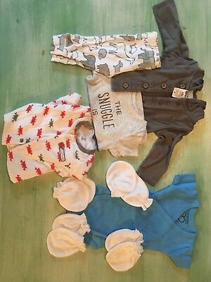 Lot Newborn Boy Or Girl Carter's Clothes Set And Sleeper, Bodysuit And Mittens