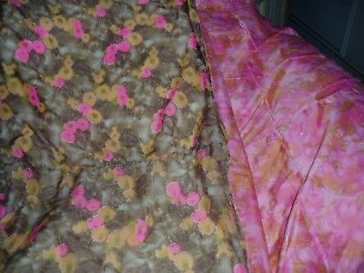 VINTAGE RETRO 60s DOUBLE SIDED FLOWER POWER FILLED QUILT EIDERDOWN  SIDE