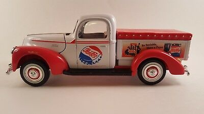 Golden Wheels Die-cast 1940 Ford  Pick Up