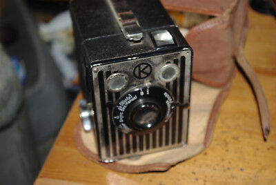 Early Kodak Six-20 Brownie (manufactured 1934-37) with Canvas Case, Instructions