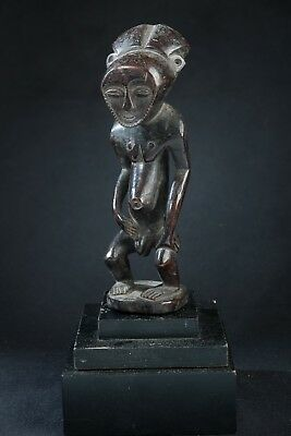Bembe Male Figure, D.R. Congo, Zambia, Southern African Tribal Art.