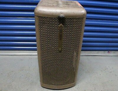 Vintage Coleman Lamp & Stove Oil Burning Heater R-32-L Toronto Canada