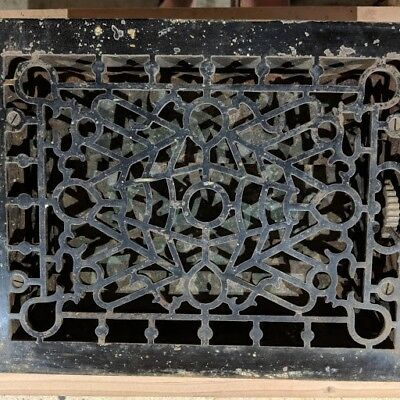 Vintage ornate cast iron floor register heat grate/vent - S.F. & F. Co.