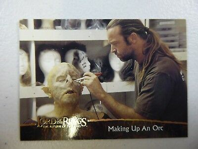 TOPPS Card : LOTR The Return Of The King  #81 MAKING UP AN ORC