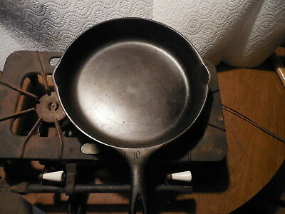 WAGNER WARE VINTAGE 1930's VERY LARGE #10 CAST IRON SKILLET-PN 1060 RESTORED