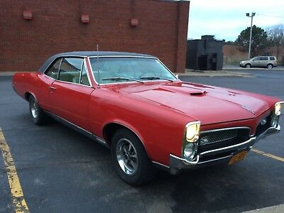 1967 Pontiac GTO 2 door 67 GTO fully restored, notice door jams for attention to detail
