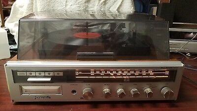 Panasonic (SE-316OD) AM/FM Radio with Turntable and 8 Track Tape Player