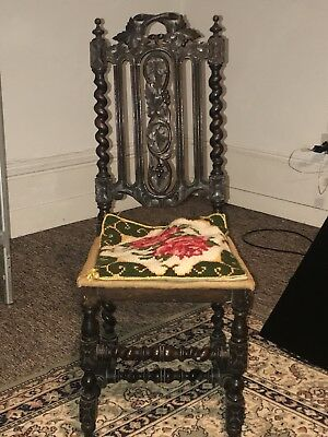 Victorean 18th/19th Century Carolean Style Beautifully Carved Oak Hall Chair