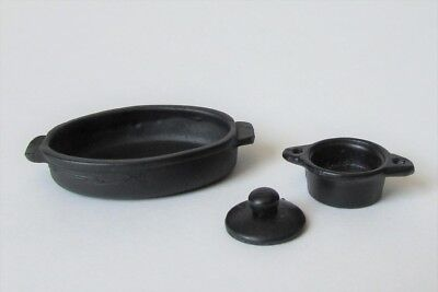 Miniature dollhouse cast iron roaster and small lidded pot 1:12 scale
