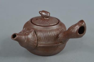 R3117: Japanese Tokoname-ware Brown pottery Raccoon-shaped SMALL TEAPOT