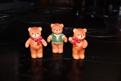 Enesco Lucy and Me Bears with red bows and green shirt