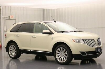 Lincoln MKX ALL WHEEL DRIVE ADAPTIVE HID HEADLAMPS PANORAMIC VISTA ROOF 3.7 MY LINCOLN TOUCH HEATED AND COOLED SEATS MOONROOF AWD