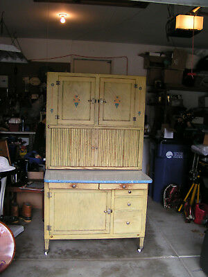 HOOSIER CABINET - Vintage 1920's-All Original - Excellent Condition