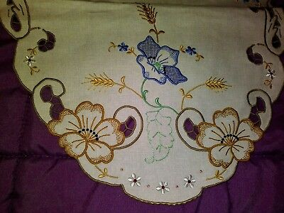 """Beautiful Color Embroidered and Cutwork Madeira Linen Runner 27"""" by 13"""""""