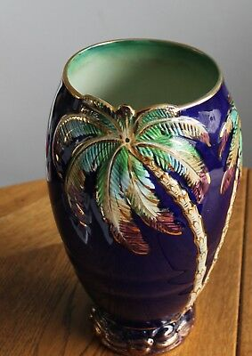 """Beswick Palm Relief Vase in Navy Ref 1064 11"""" tall"""