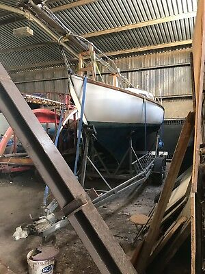 Sail boat Hurley 22 with RM 3t twin axle boat trailer yacht trailer