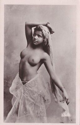Mauresque arabe seins nus / nude arab Moorish Woman Rare