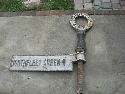 "Old Cast Iron Finger Post & Signed Upright ""northfleet Green""  S R D C"