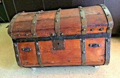 Antique 1850's Jenny Lind Round Sided Stagecoach Wood Trunk Primitive Rare