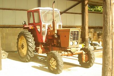 Belarus MTZ52 4wd Tractor with Duncan Cab for spares/repair