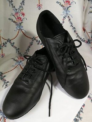 Black Leather Dance Shoes 7 - 8 Uk   41 Suede Soles  Gents Or Ladies Wide. 111