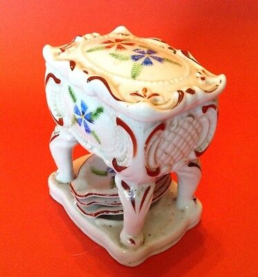 Porcelain Cigarette Box On Stand With 3 Personal Ashtrays - Hand Painted  Japan