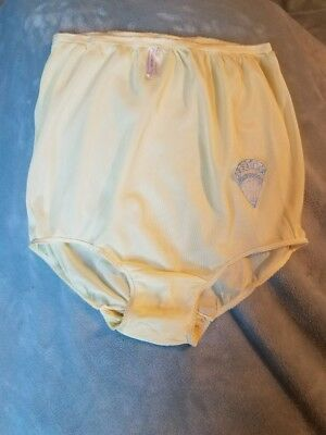 Vintage 1960's Yellow  Nylon Acetate Panties. Double Nylon Gusset.  Size 7