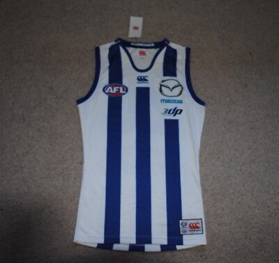 North Melbourne Kangaroos players fit home geurnsey size Large Brand New