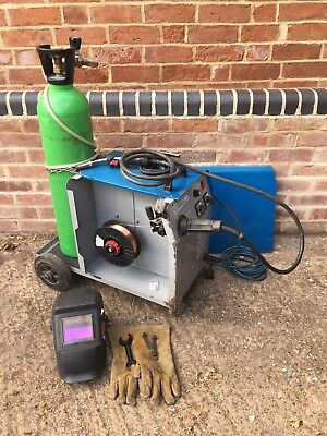 TecArc Compact MIG 195 - Proper gas 230V/240v bundle with regulator, gloves etc