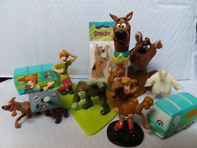 Scooby Doo Collection Lot Scooby Gumball Shaggy Monster Plush Key Ring