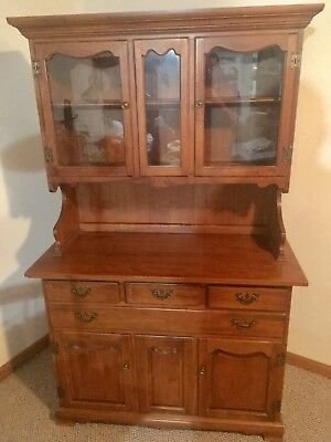 Tell City Hutch And Dining Table With 6 Chairs