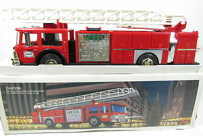 Hess 1986 Fire Truck MINT in Box - Hong Kong