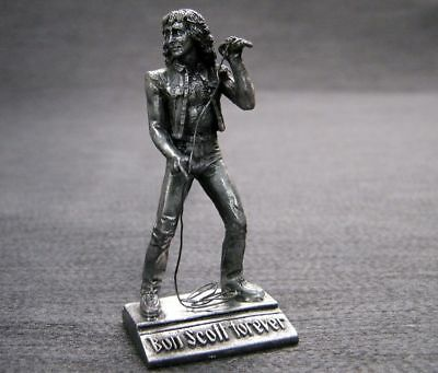 Ac/dc - Bon Scott - Beautiful , Fine Detailed , Tin Metal Figure - Mint