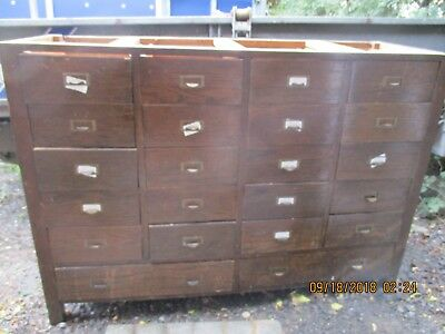 Oak Chest of Drawers/shop display